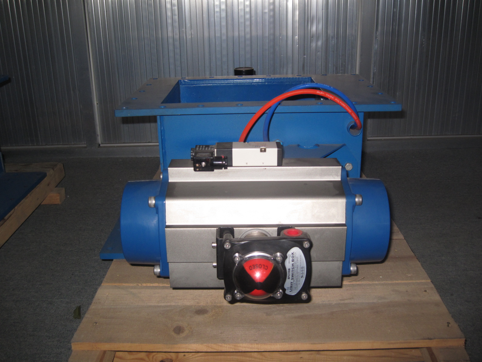 Pneumatic Water Gate Valve Actuator Globe Valve for Cement
